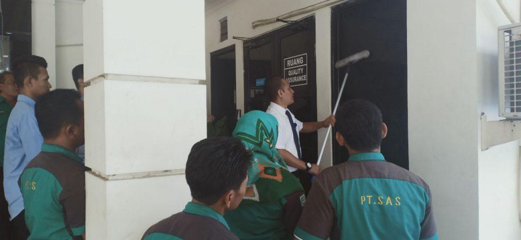 training-cleaning-service-pt-sas-gresik