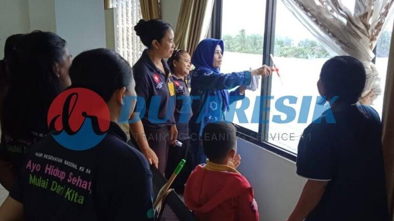 Pelatihan Petugas Kebersihan - Dutaresik