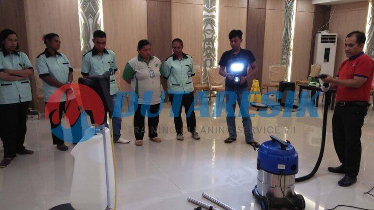 Pelatihan Staff Cleaning Service - Dutaresik